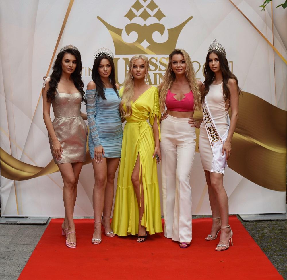 У Львові відбувся відкритий кастинг конкурсу «Міс Львів — 2021» та національного конкурсу «Міс Україна-2021»-Фото 3