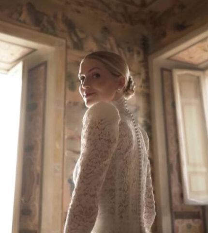 Племянница принцессы Дианы Китти Спенсер вышла замуж — пять платьев невесты-430x480