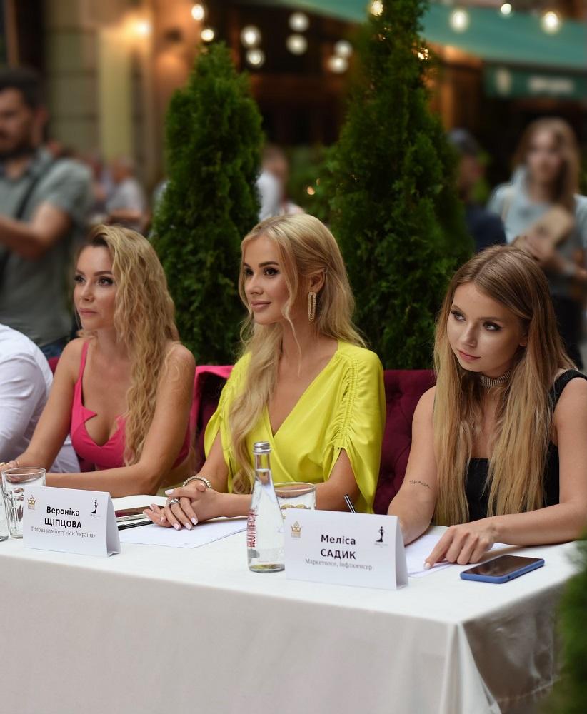 У Львові відбувся відкритий кастинг конкурсу «Міс Львів — 2021» та національного конкурсу «Міс Україна-2021»-Фото 1