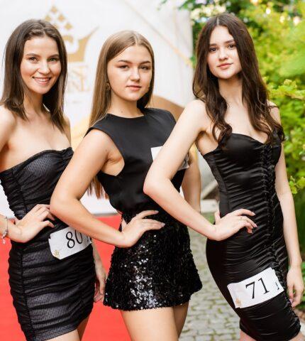 У Львові відбувся відкритий кастинг конкурсу «Міс Львів — 2021» та національного конкурсу «Міс Україна-2021»-430x480