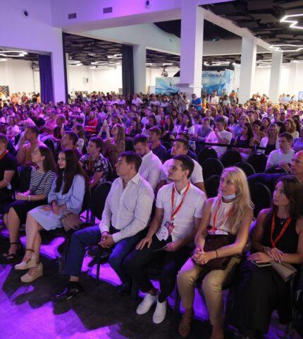 Три тисячі підприємців навчалися у лідерів ринку на GET Business Festival-430x480