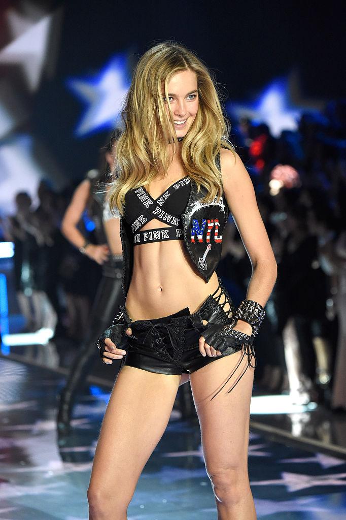 """""""Экс-ангел"""" Victoria's Secret рассказала об абьюзе, токсичном окружении илицемерии бренда-Фото 2"""