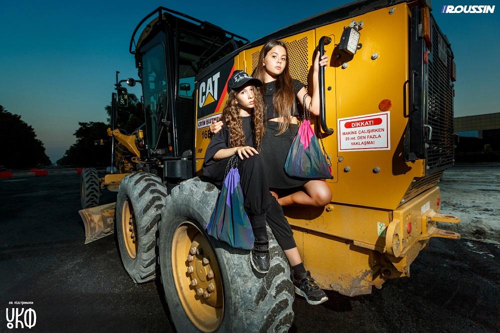 Проєкт SAFE FASHION #безсекундижиття українського бренду ROUSSIN продовжує зменшувати кількість ДТП за участю пішоходів-Фото 2