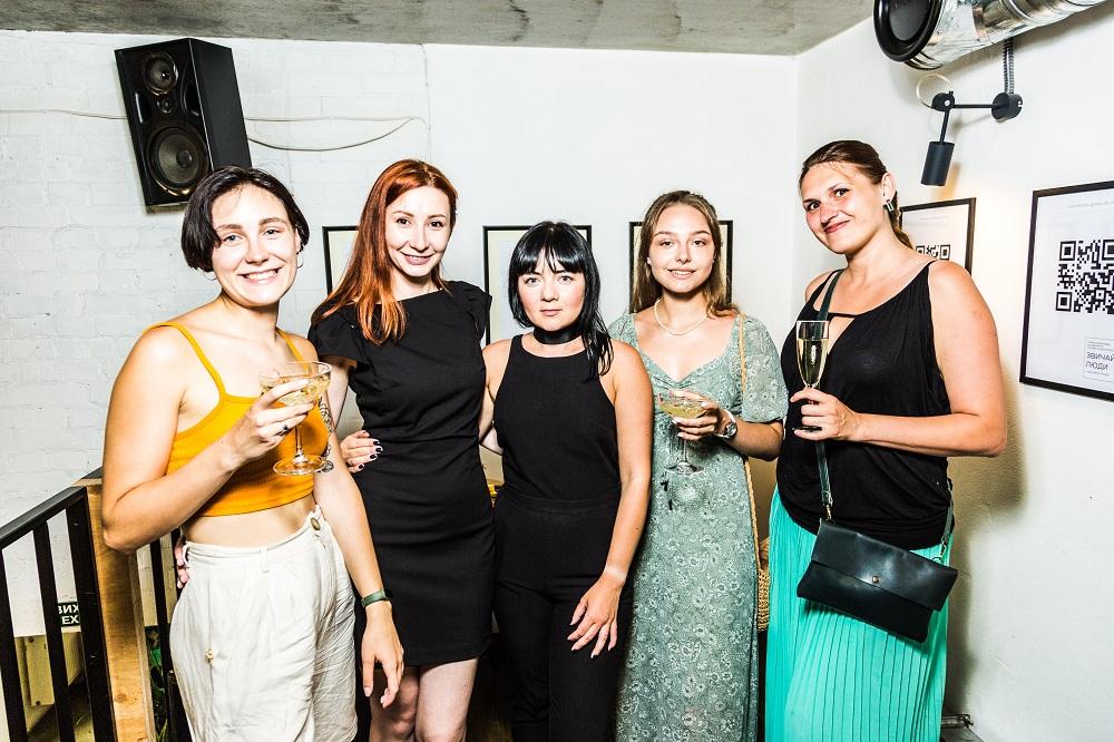 Команда першого в Україні сервісу швидких фотосетів instacafe.Shop збудувала онлайн-галерею-Фото 3