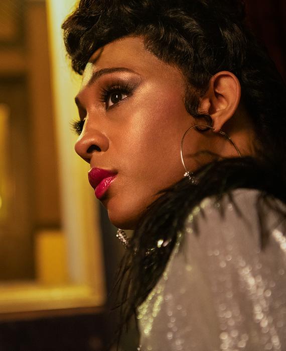 """ЭмджейРодригес стала первой трансгендерной женщиной, получившей номинацию """"Эмми""""-Фото 2"""