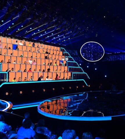 Телеканал «Україна» розпочав зйомки грандіозногошоу «Співають всі»-430x480