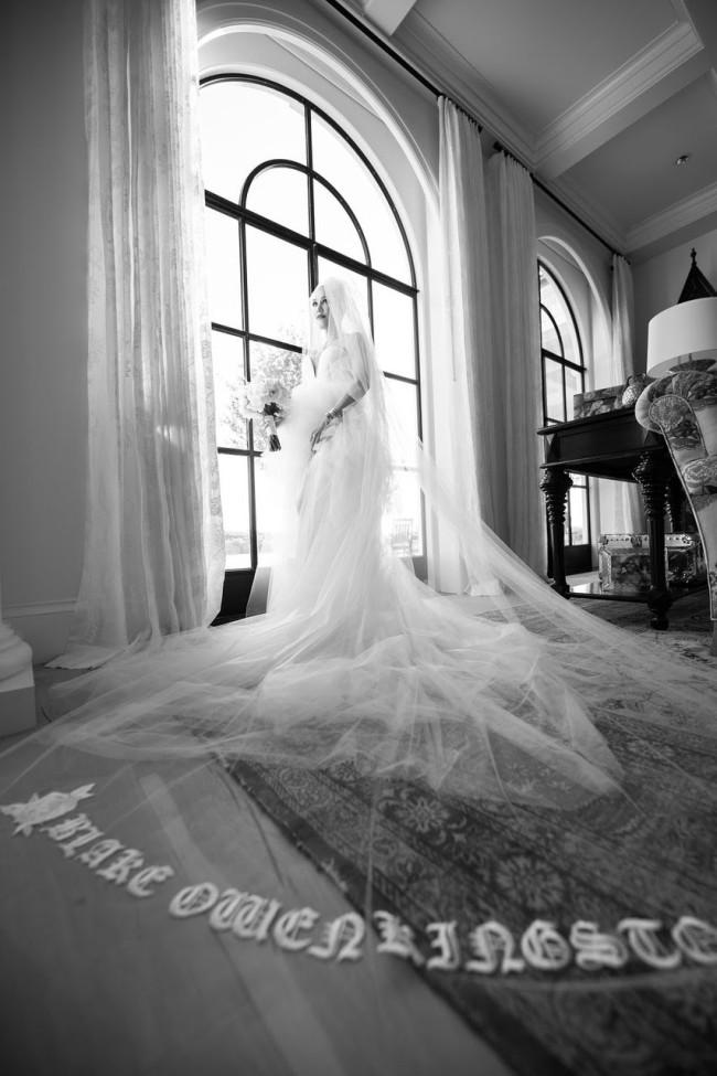 Разбор полетов: Гвен Стефани посвятила два свадебных платья своим детям-Фото 1