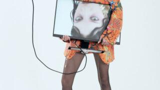 Ex machina: новая fashion-съемка Питера Кардоны-320x180