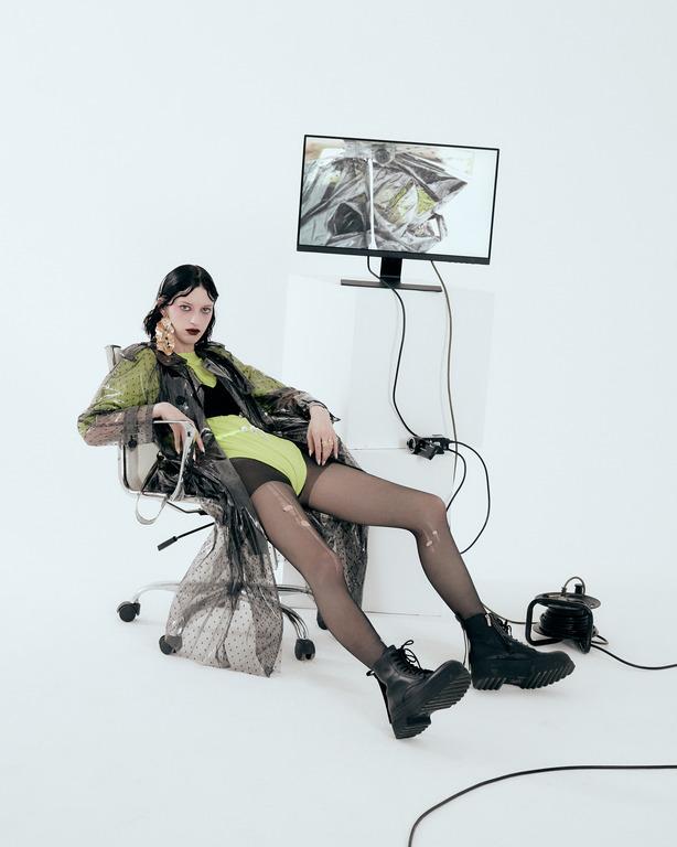 Ex machina: новая fashion-съемка Питера Кардоны-Фото 8