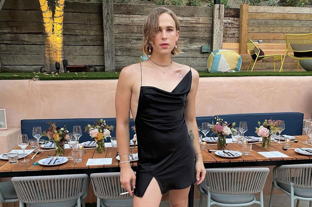 """Звезда сериала """"13 причин почему"""" сделал каминг-аут в качестве трансгендера-Фото 2"""