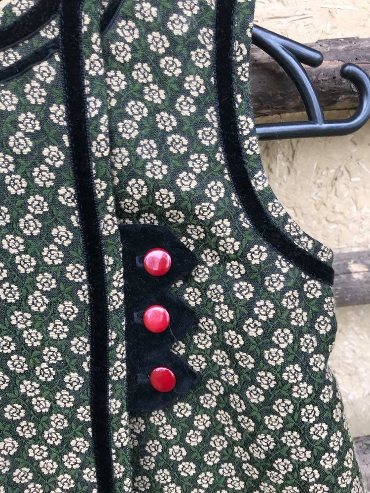 Як лічилка з дитинства поклала початок бренду дитячого традиційного одягу-Фото 4