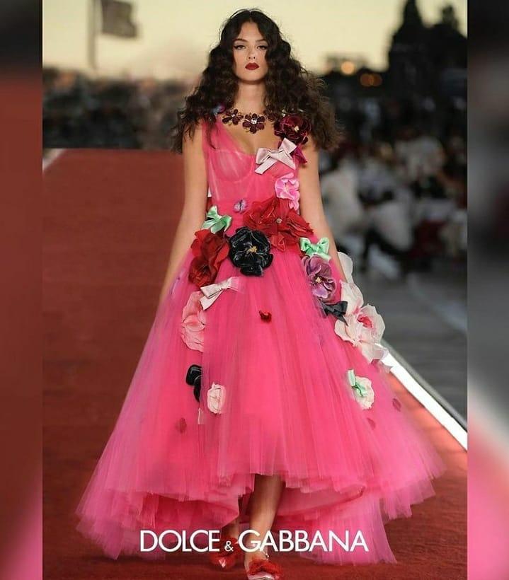 Кутюрный показ Dolce&Gabbana: На подиум вышли дочери Хайди Клум и Моники Белуччи-Фото 2