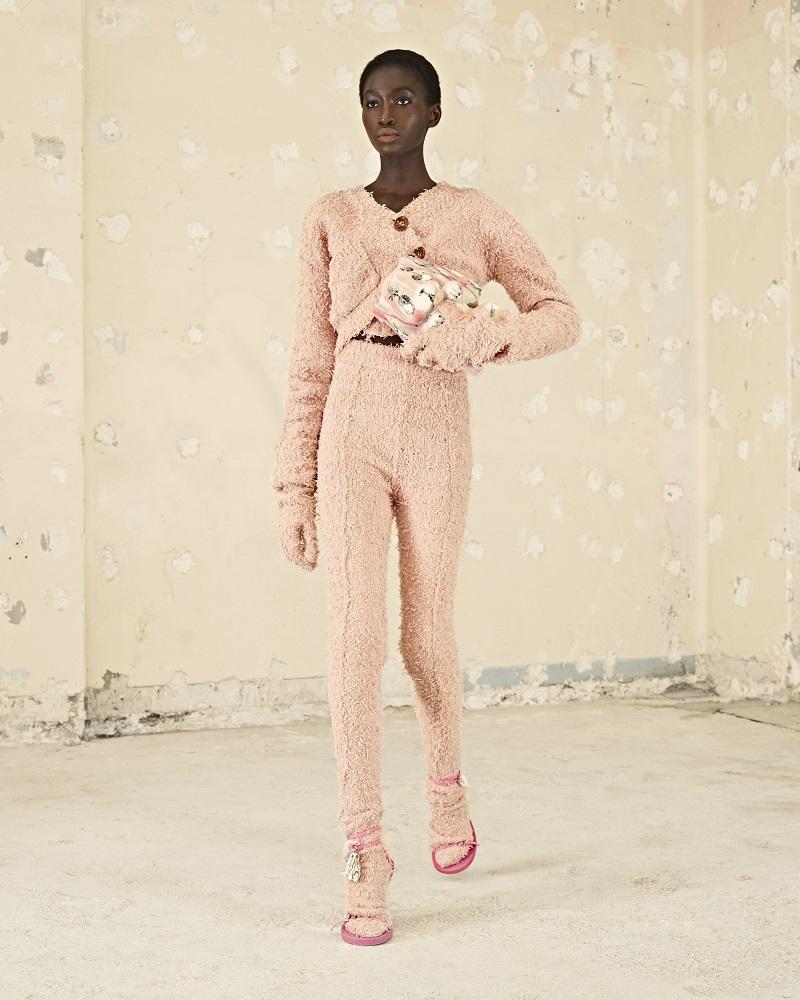 По гендерному признаку: 10 актуальных трендов брючной моды осень-зима 2021/22-Фото 1