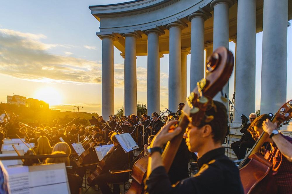 Як відбувся концерт просто неба «Музика біля моря» до святкування 30-річчя Незалежності України-Фото 4