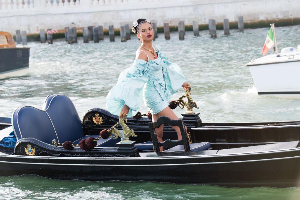 Экскурсия по Венеции: Как проходил показ новой коллекции Dolce & Gabbana-Фото 1