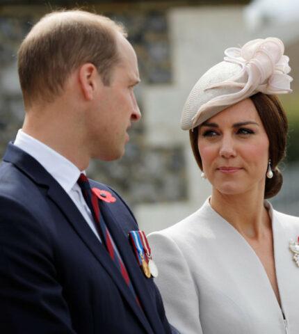 Как Кейт Миддлтон и принц Уильям справляются с кончиной принца Филиппа-430x480