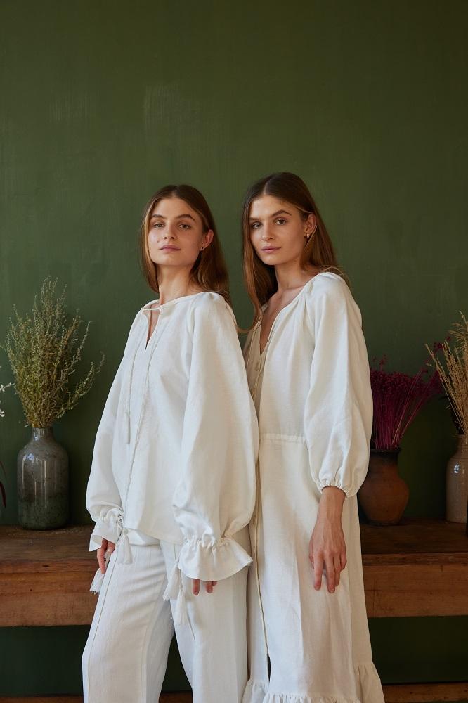 Андре Тан создал лимитированную коллекцию платьев и блуз к 30-летию Независимости Украины-Фото 1