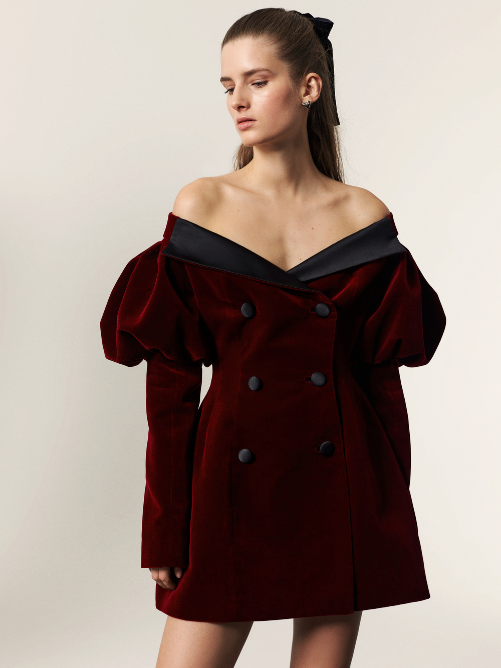 В стиле Жаклин Кеннеди: Украинский бренд Marianna Senchina презентовал коллекцию Fall-Winter 21/22-Фото 6