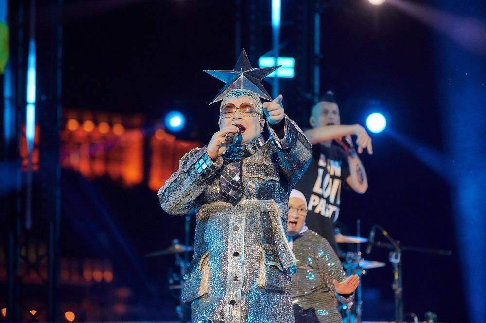 «З Днем народження, Україно!»:VERKA SERDUCHKA виконає легендарну пісню Dancing Lasha Tumbai-Фото 2