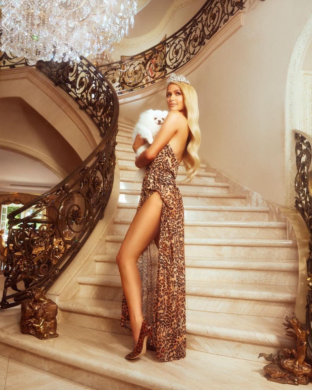 10 платьев для невесты: Пэрис Хилтон рассказала о своих свадебных планах-Фото 1