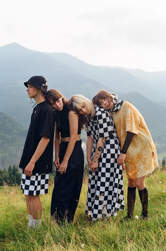 Український бренд одягу за настроєм M1R презентує нову літню колекцію ШАХИ/CHESS-Фото 8