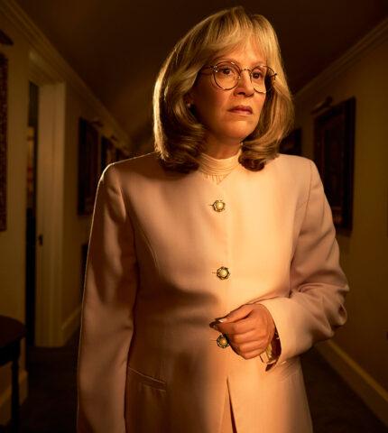 """СараПолсонжалеет о том, что в """"Американской историй преступлений: Импичмент"""" ей пришлось играть в добавляющем вес костюме-430x480"""