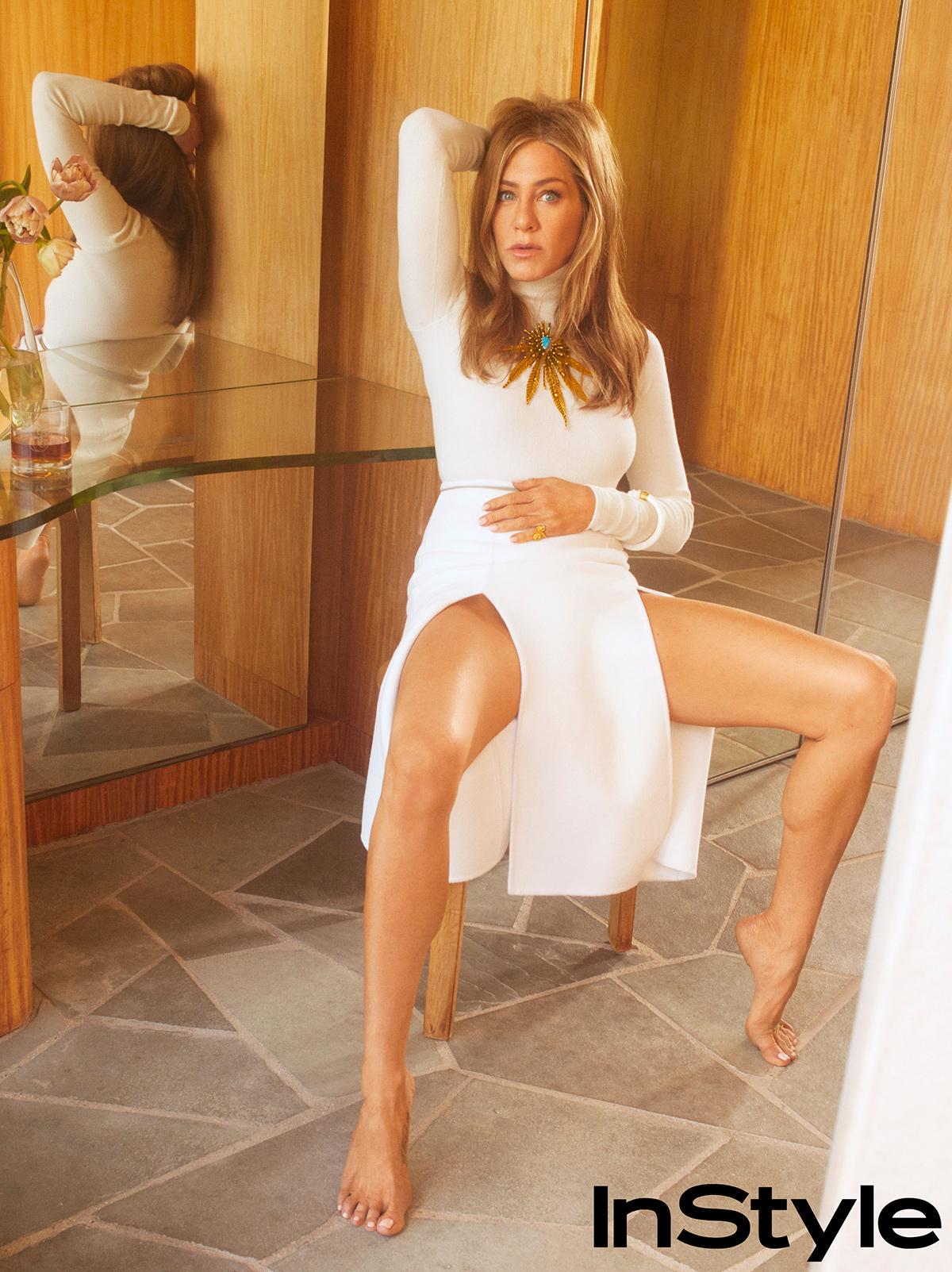 Дженнифер Энистон прокомментировала появление своего двойника в Сети-Фото 2
