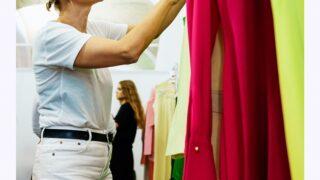 Ексклюзив Marie Claire: що відбувається за лаштунками модного показу Elena Burenina SS 2022-320x180