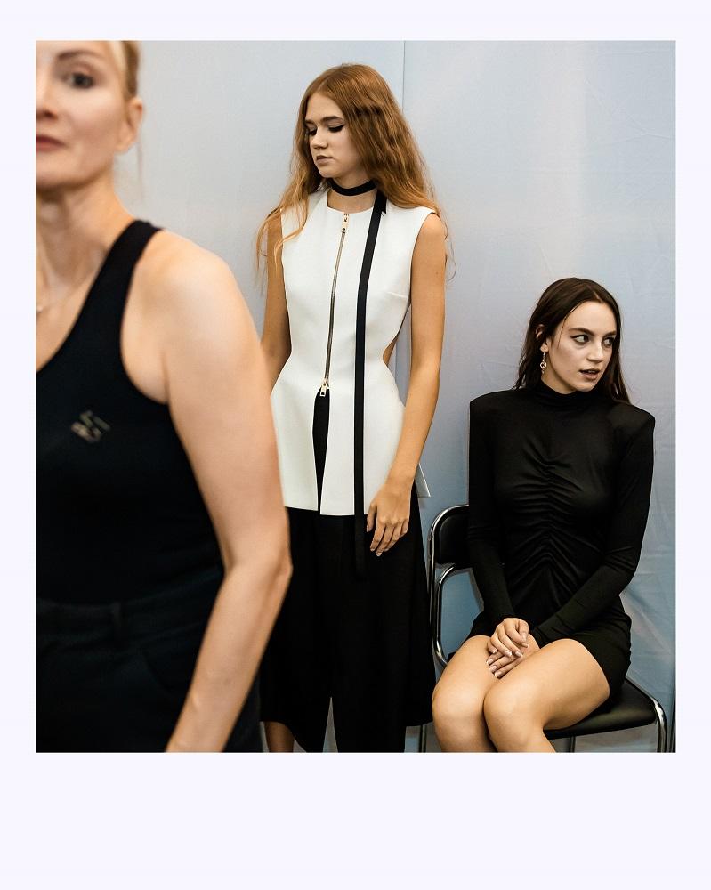 Ексклюзив Marie Claire: що відбувається за лаштунками модного показу Elena Burenina SS 2022-Фото 17