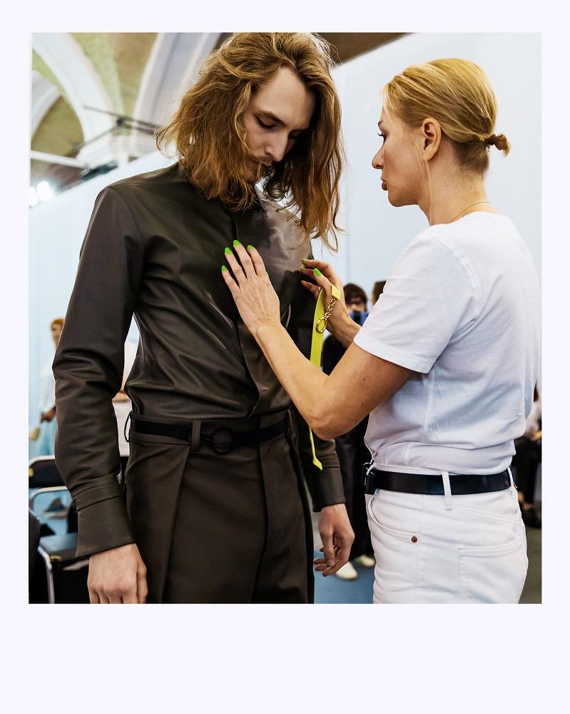 Ексклюзив Marie Claire: що відбувається за лаштунками модного показу Elena Burenina SS 2022-Фото 1