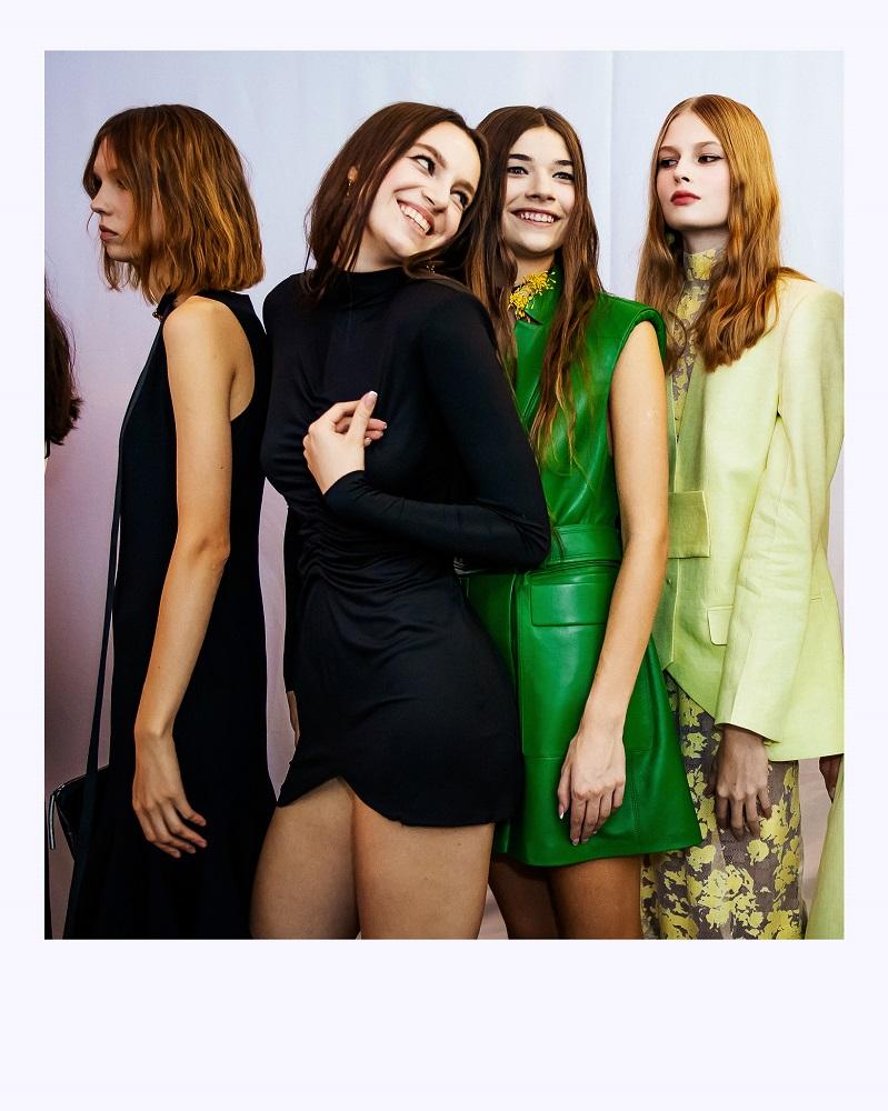 Ексклюзив Marie Claire: що відбувається за лаштунками модного показу Elena Burenina SS 2022-Фото 10