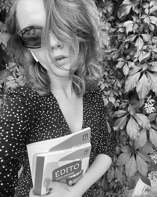 #bookshelfy: Богдана Неборак, журналістка, редакторка проєкту The Ukrainians-Фото 3
