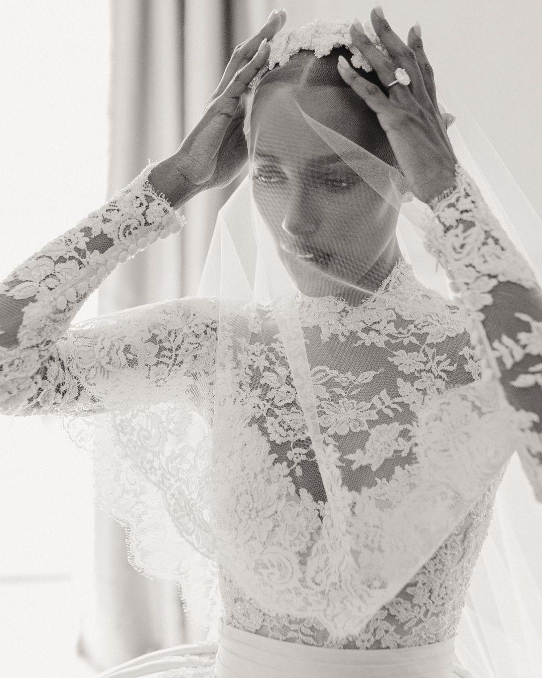 """""""Ангел"""" Victoria's Secret ЖасминТуксвышла замуж в платье отZuhairMurad-Фото 4"""