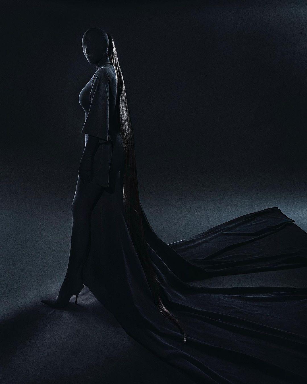 Met Gala 2021: Образ Ким Кардашьян – total-look и модная маска-Фото 1