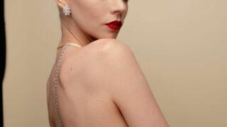 Аня Тейлор-Джой появилась на вечеринке «Эмми»-2021 в бельевом образе-320x180