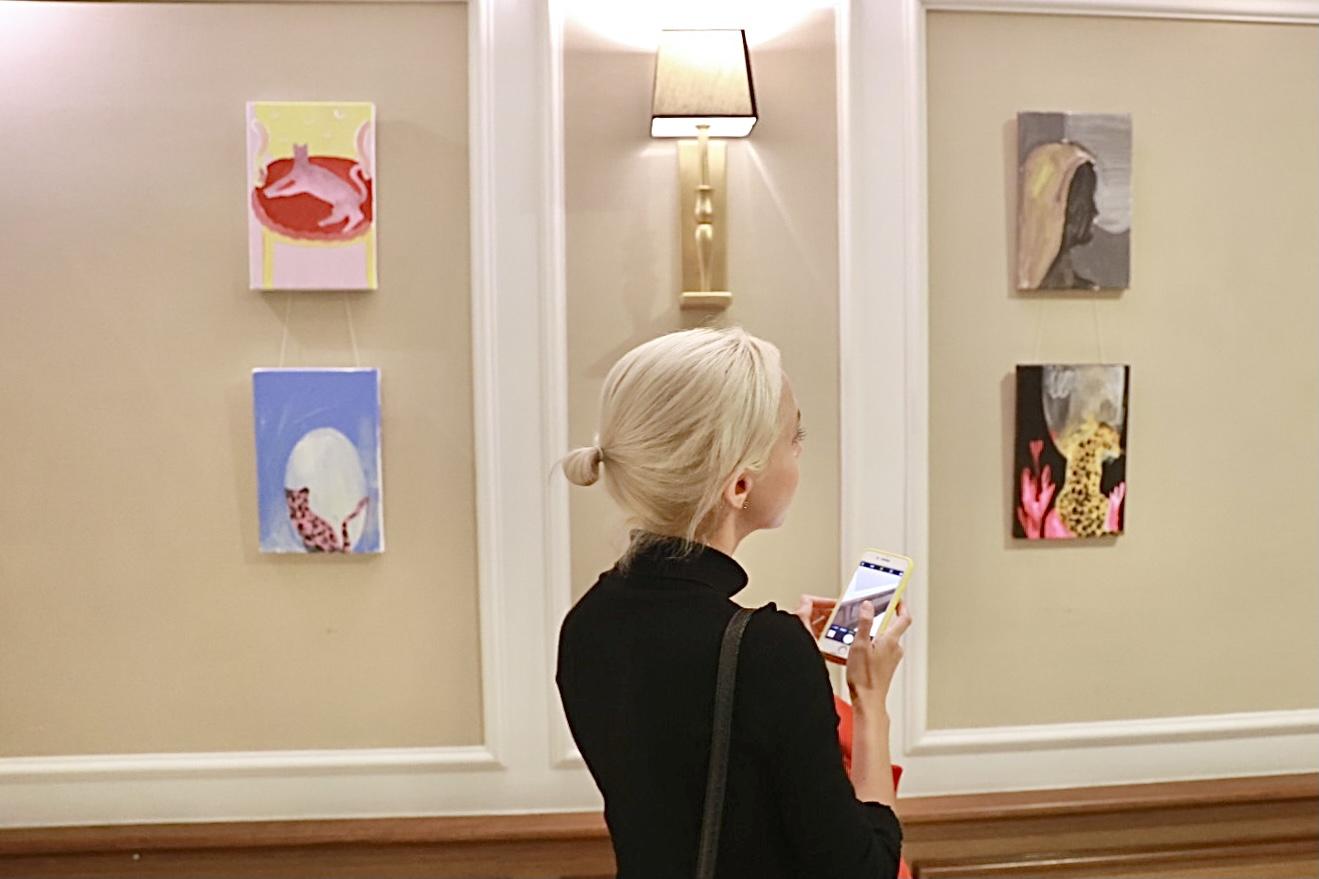 Поп-ап галерея у готелі: SpilneArt створили експозицію у Radisson Blu на Подолі-Фото 1