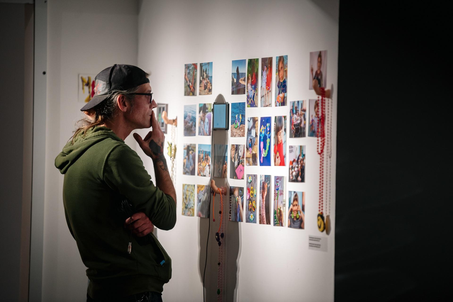 У Центрі сучасного мистецтва М17 відкрилася виставка «На акваторії заводу купатися було заборонено»-Фото 2