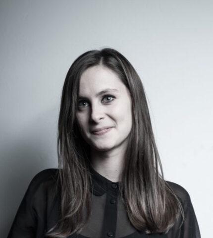 Small Talk: Еліс Сібрайт, сценаристка та режисерка-430x480