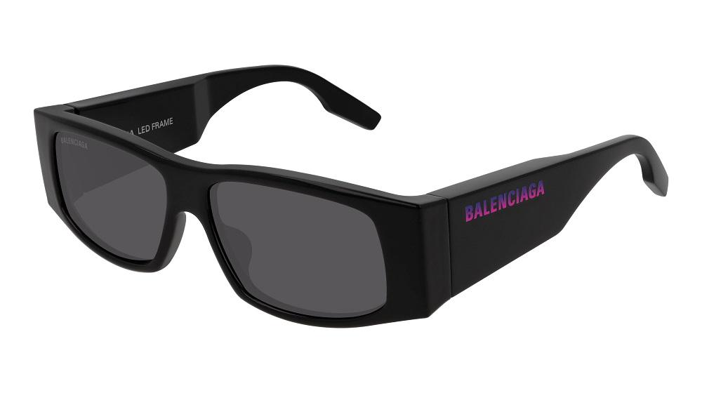 Balenciaga представляет новую модель солнцезащитных очков со светящимся логотипом-Фото 3