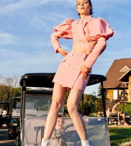 Коко Роша в костюме украинского дизайнера Marianna Senchina-430x480