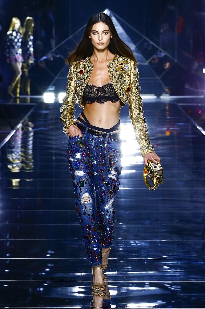 Новая весенне-летняя коллекция Dolce&Gabbana 2022 — там, где прошлое встречается с будущим-Фото 6