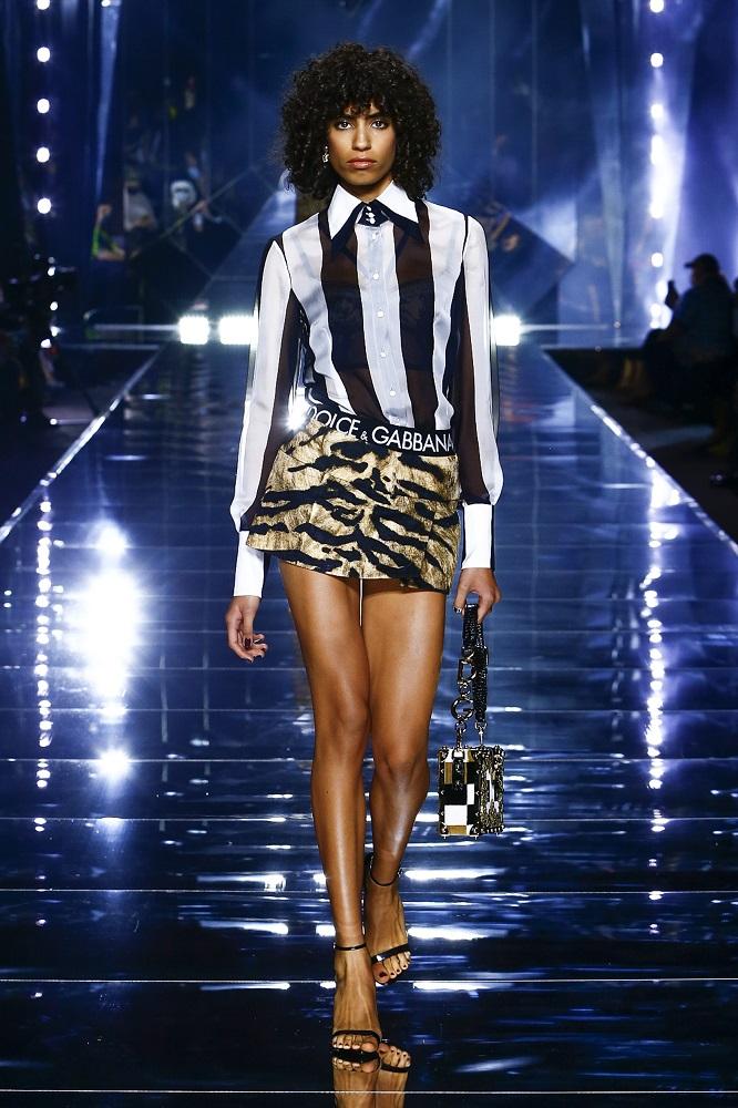 Новая весенне-летняя коллекция Dolce&Gabbana 2022 — там, где прошлое встречается с будущим-Фото 2