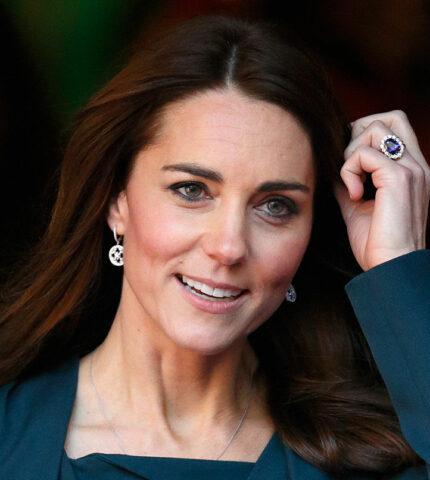 Чья коллекция ювелирных украшений дороже: МеганМаркл, Кейт Миддлтон или принцессы Дианы-430x480