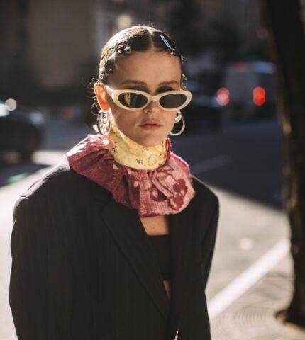 Лучше всех: Самые неординарные образы гостей Недели моды в Нью-Йорке-430x480