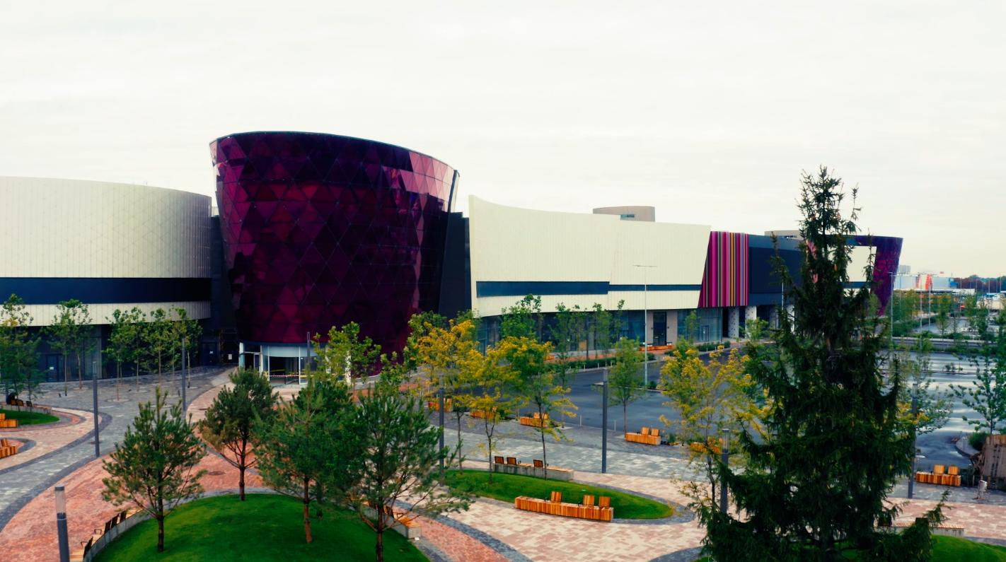 Стала известна финальная дата открытия ТРЦ Respublika Park-Фото 1