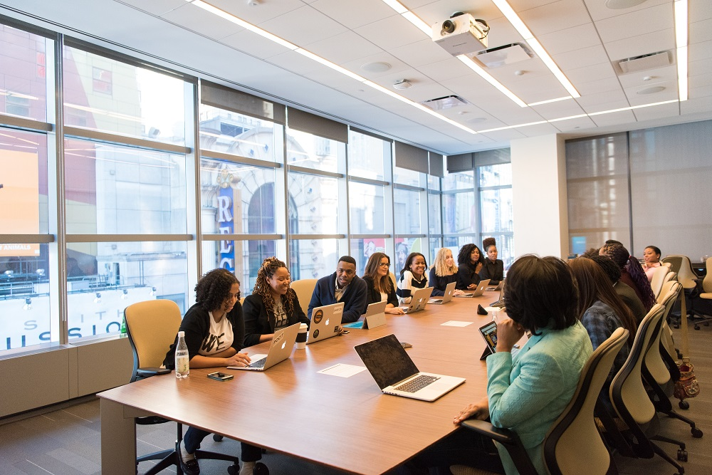 Лайфхаки в офисе: Как стать своим в коллективе-Фото 2