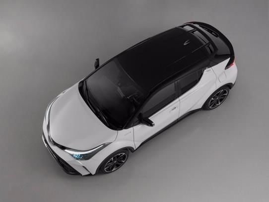 Тест драйв:Toyota CH-R в новой версииGR Sport-Фото 3