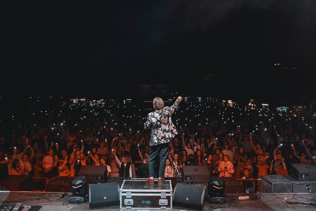 Щиро, душевно, патріотично: Рок-гурт БЕZ ОБМЕЖЕНЬ відіграв великий сольний концерт у Києві-Фото 1