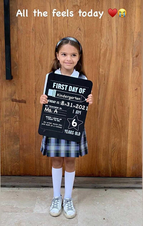Как прошло 1 сентября для детей голливудских звезд — фотоотчет-Фото 2