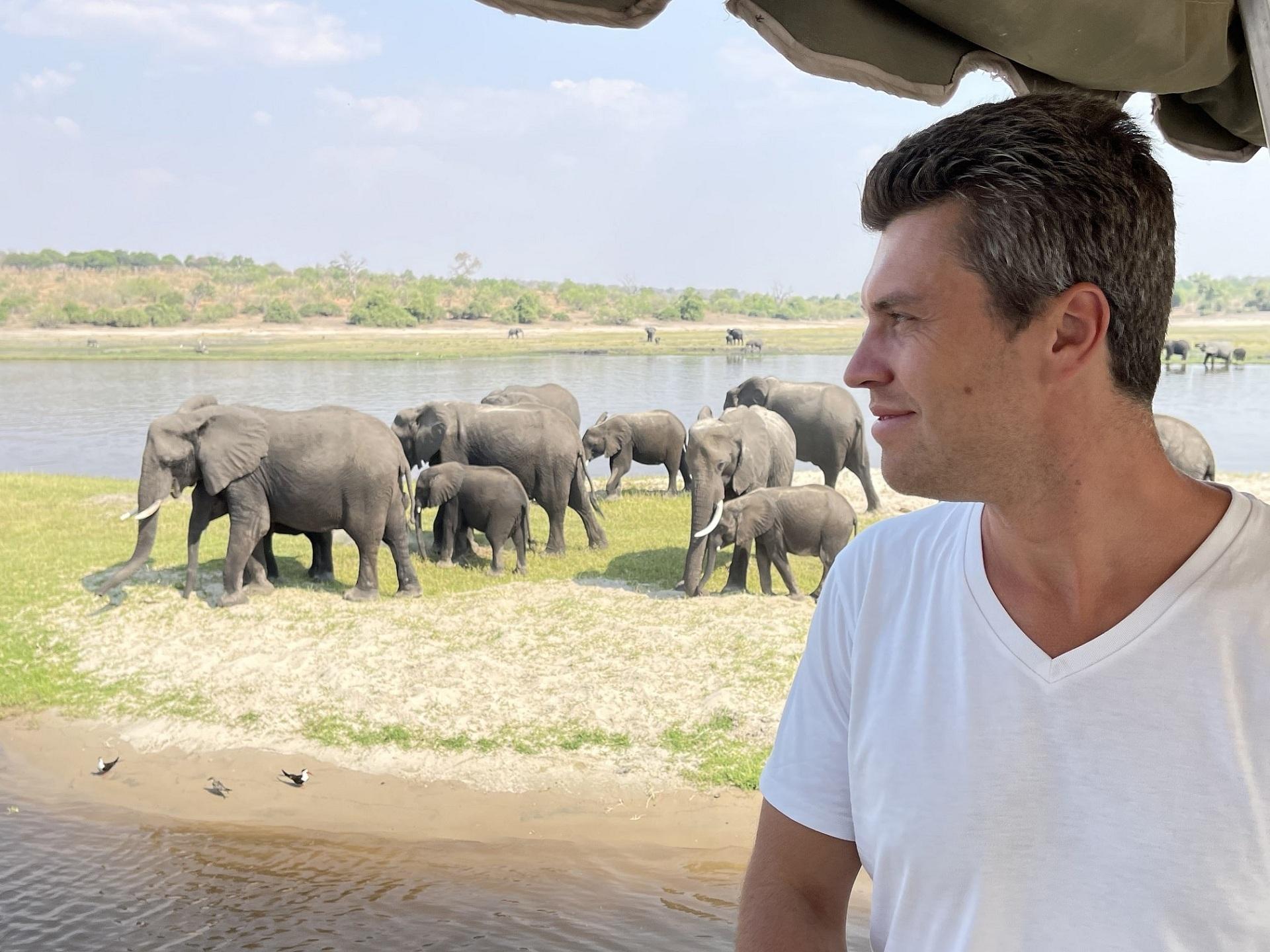 Композитор Евгений Хмара рассказал о приключениях в Замбии-Фото 1